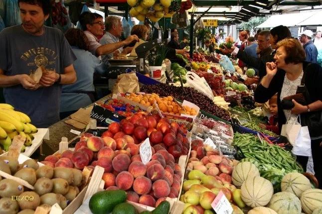 tips berdagang di pasar tradisional