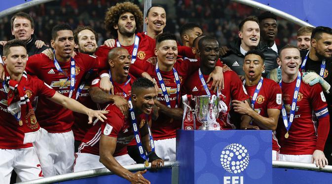 Selebarasi Manchester united juara piala liga 2017
